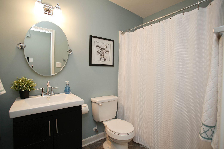 Pin By Trish Halvorsen On Bathroom Bathroom Paint Colors Trendy Bathroom Tiles Best Bathroom Colors