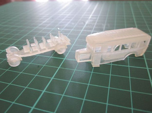 Tips and tricks for painting 3D Shapeways models