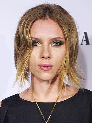 Scarlett Johansson Debuts Tousled Bob Love It Or Hate It My