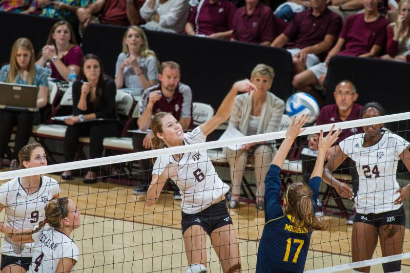 Sawatzky Leads A M To Sweep Against Mississippi State Texas A M Senior Setter Allie Sawatzky Added Another Southeastern Conference Sec Football College Sports