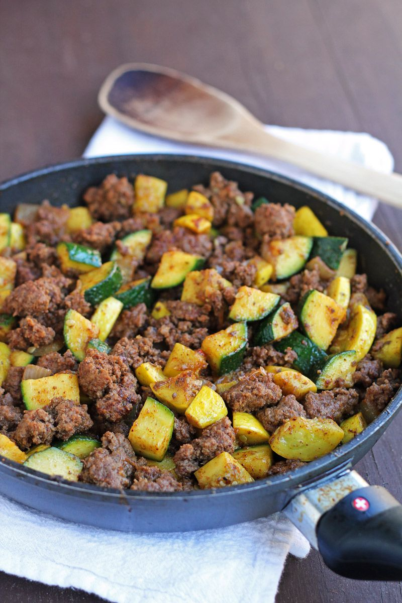 Mexican Beef And Zucchini Skillet 1 Lb Grass Fed Ground Beef 1 Medium Yellow Onion Omit 2 Cloves G Yellow Squash Recipes Healthy Recipes Mexican Food Recipes