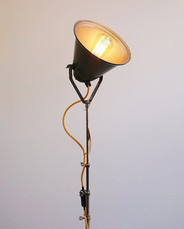 Tripod Stativ Steh Lampe Veb Nva Strahler Spot Ddr Vintage Etsy Lamp Lamps Lighting Lighting