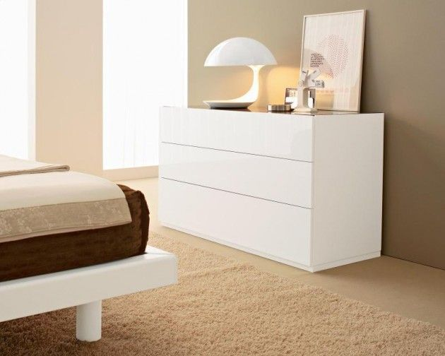 City 3 Drawer Dresser Calligaris Features 3 Drawer Dresser With Matching Interiors And Handlele Contemporary Chest Of Drawers Furniture White Lacquer Dresser