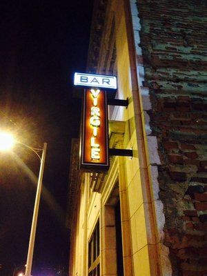 Bar Virgile Downtown Durham Good Vibes And Good Manhattan