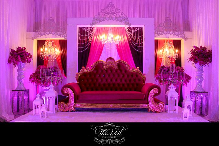 Malaysian malay wedding pelamin the veil bridal gallery malaysian malay wedding pelamin junglespirit Images