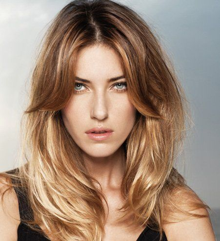 Une belle coupe pour les cheveux long