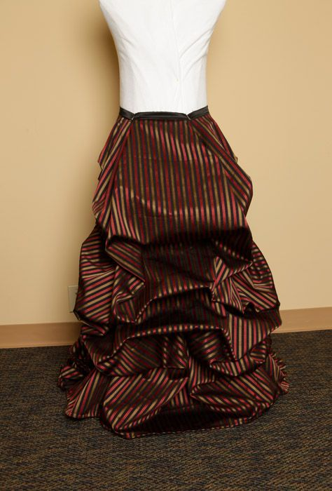 Pin By Danielle Rolfes On Fun Craft Gift Ideas Bustle Skirt Bustle Dress Diy Fashion