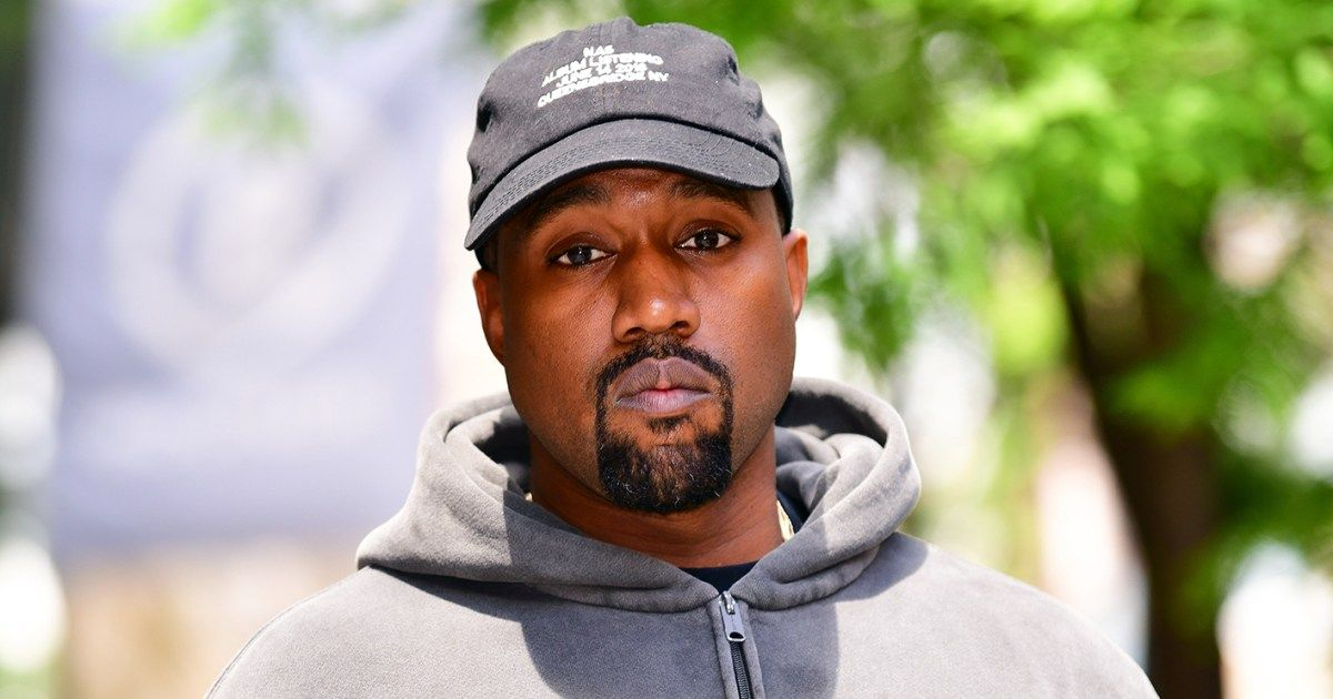 Was It Something He Said Kanye West Deleted His Twitter And Instagram Accounts On Saturday October 6 D Kanye West Dad Kanye West Recording Artists