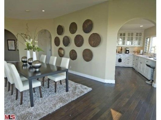 Love The Table Area Rug Floors Jeff Lewis Dining Room