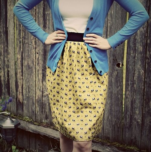 Easy DIY Skirt made from an old pillow case! (by emilyburnette). & skirt made from a pillow case! i would get more comfortable with ... pillowsntoast.com