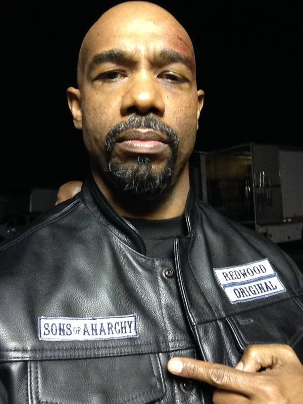 Newest Member Makes Me Think If Juice Had Only Come Forward With The News About His Dad So Much Could Have Ch Sons Of Anarchy Sons Of Anarchy Samcro Anarchy