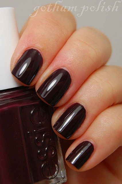 Essie S Carry On Yet Another Great Fall Look This Time In A Raisin Purple Color