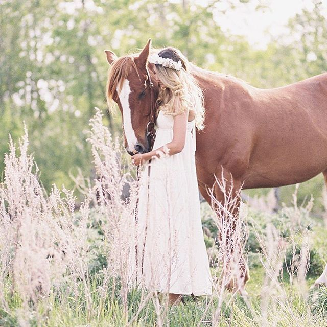 cool vancouver wedding Horses & magical places  // @miss_devo @richardphotolab @hsquared_thestylist by @charmainemallari  #vancouverwedding #vancouverwedding