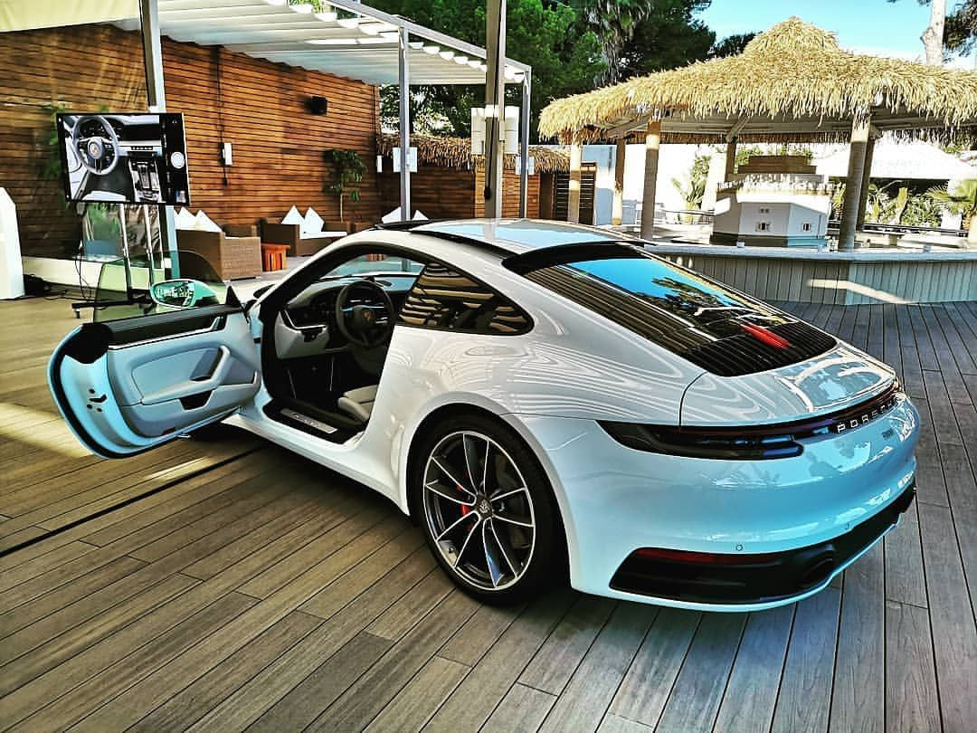 The 992 Looks Good In White Porschenetworker Carlifestyle Carlife Carsandcoffee Carswithoutlimits Amazingcars24 Porsche 911 Porsche Porsche Carrera