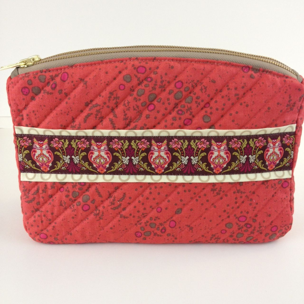 Sew Sweetness Filigree Double-Zip Pouch sewn by Terry