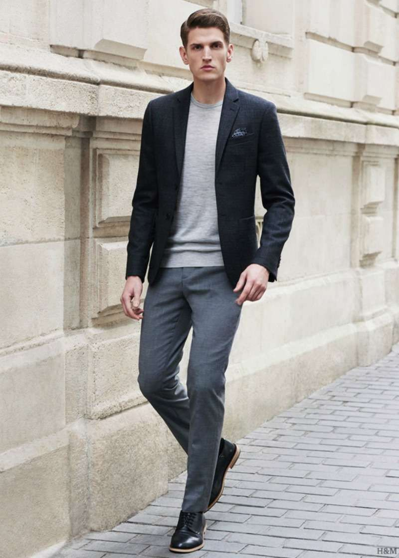 50459d506c31 How to Pull Off the Blazer with T-shirt Look | Outfits | Grey dress ...