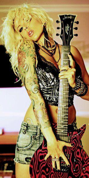 Hot sexy punk rock chicks