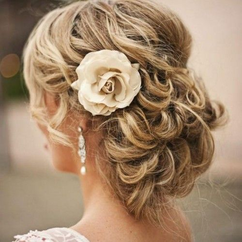 wedding hairstyles for medium length hair half up half down ...