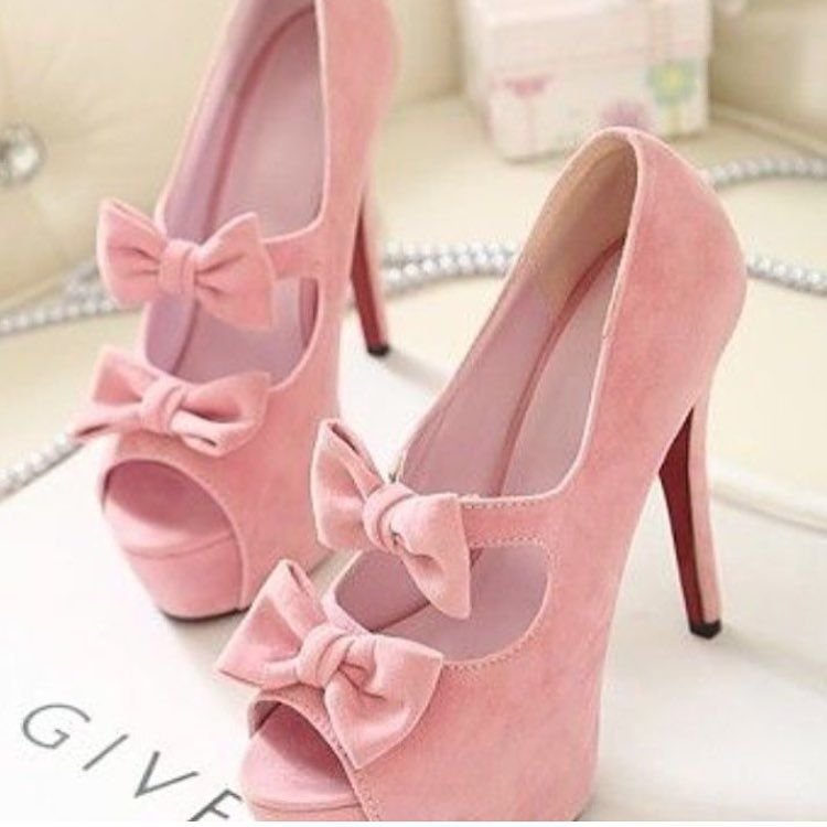 Yay or nay? Tag BFF!  Follow for SHOES @shoezaddict @shoezaddict SHOES @shoezaddict @shoezaddict