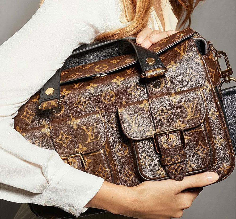 62fb5e17bd1d I remember the original Louis Vuitton Manhattan Bag very distinctly. It  came out in 2005 to much fanfare (it was carried by Uma Thurman in the  brand s ad ...