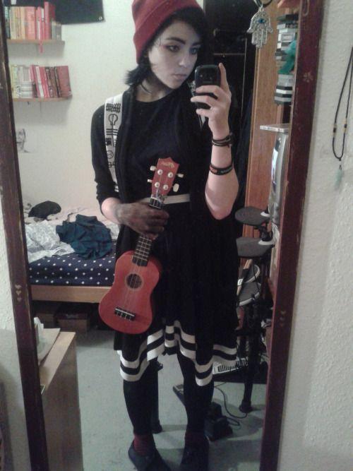 Emo girl halloween costume ideas
