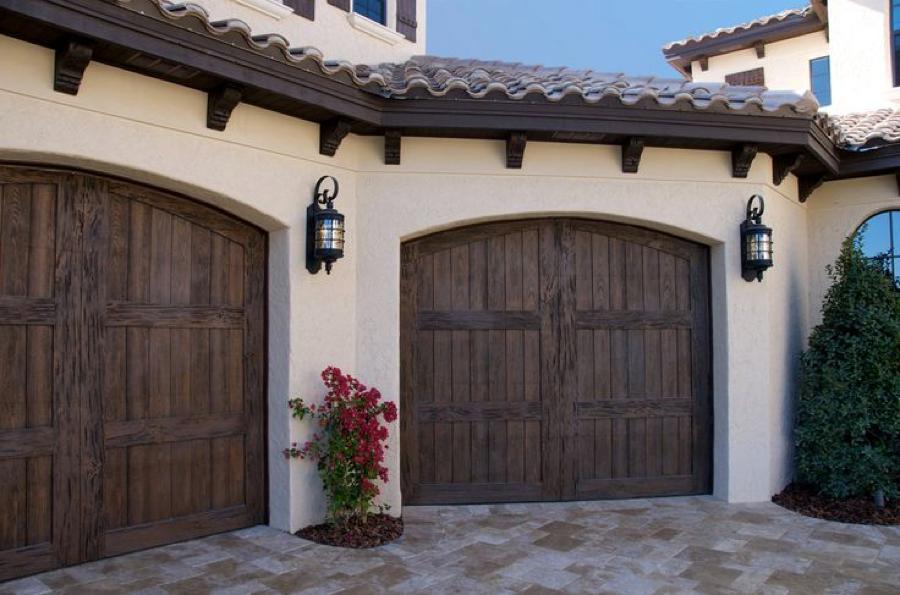 Delicieux 28 Incredible Garage Door Designs   Garage Door Repair Lake Forest, IL