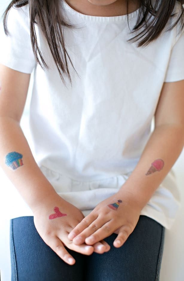 Photo of MAKE TEMPORARY TATTOOS OUT OF KIDS' ART – Homemade Tattoo 2020