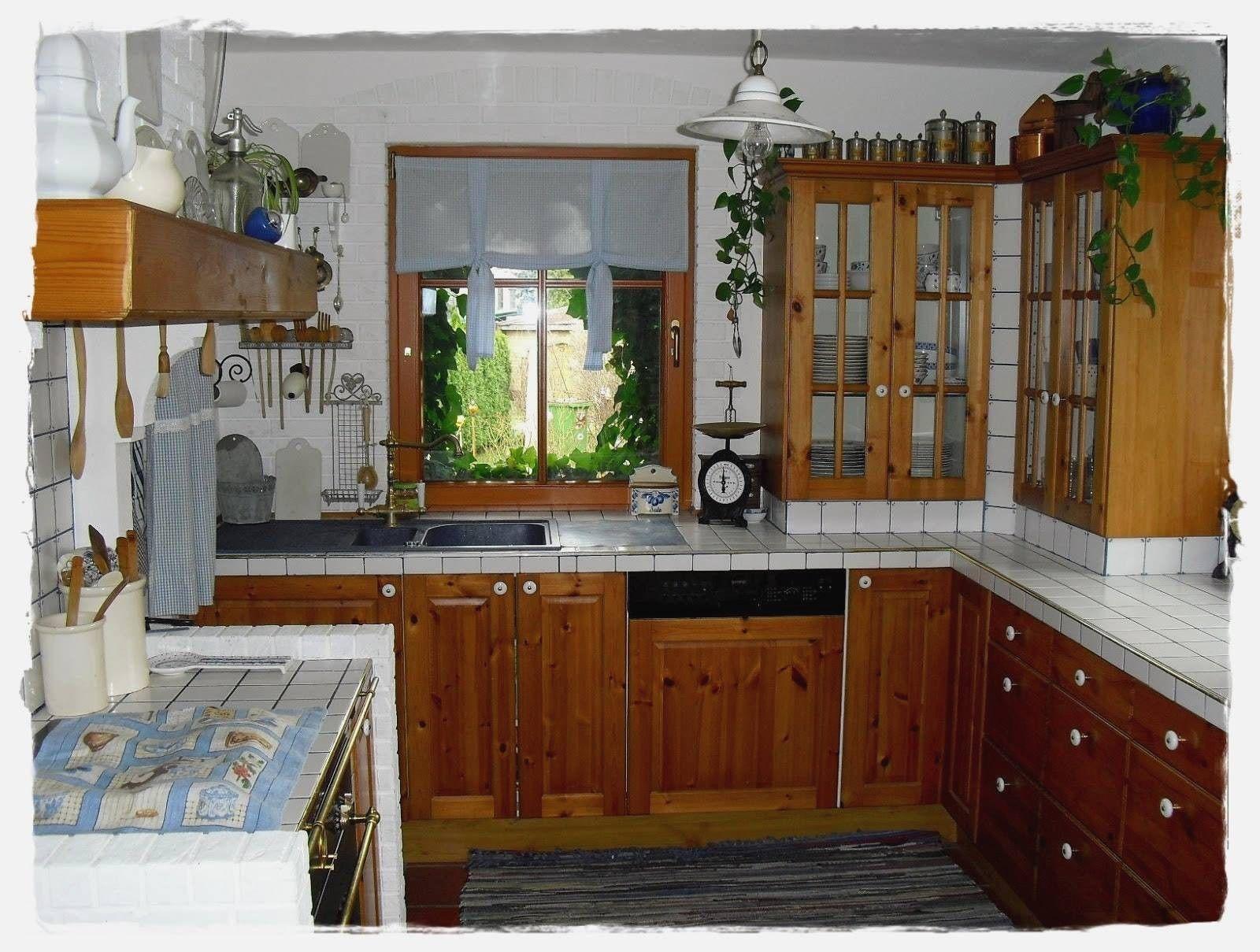 alte kuche neu streichen wohnzimmerschrankneu