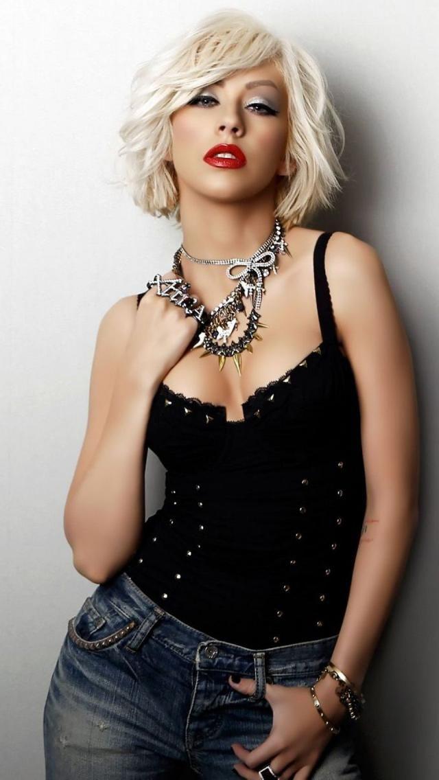 Iphone 5 Christina Aguilera Wallpaper Hd Celebrity Short Hair Short Hair Styles Christina Aguilera Hair