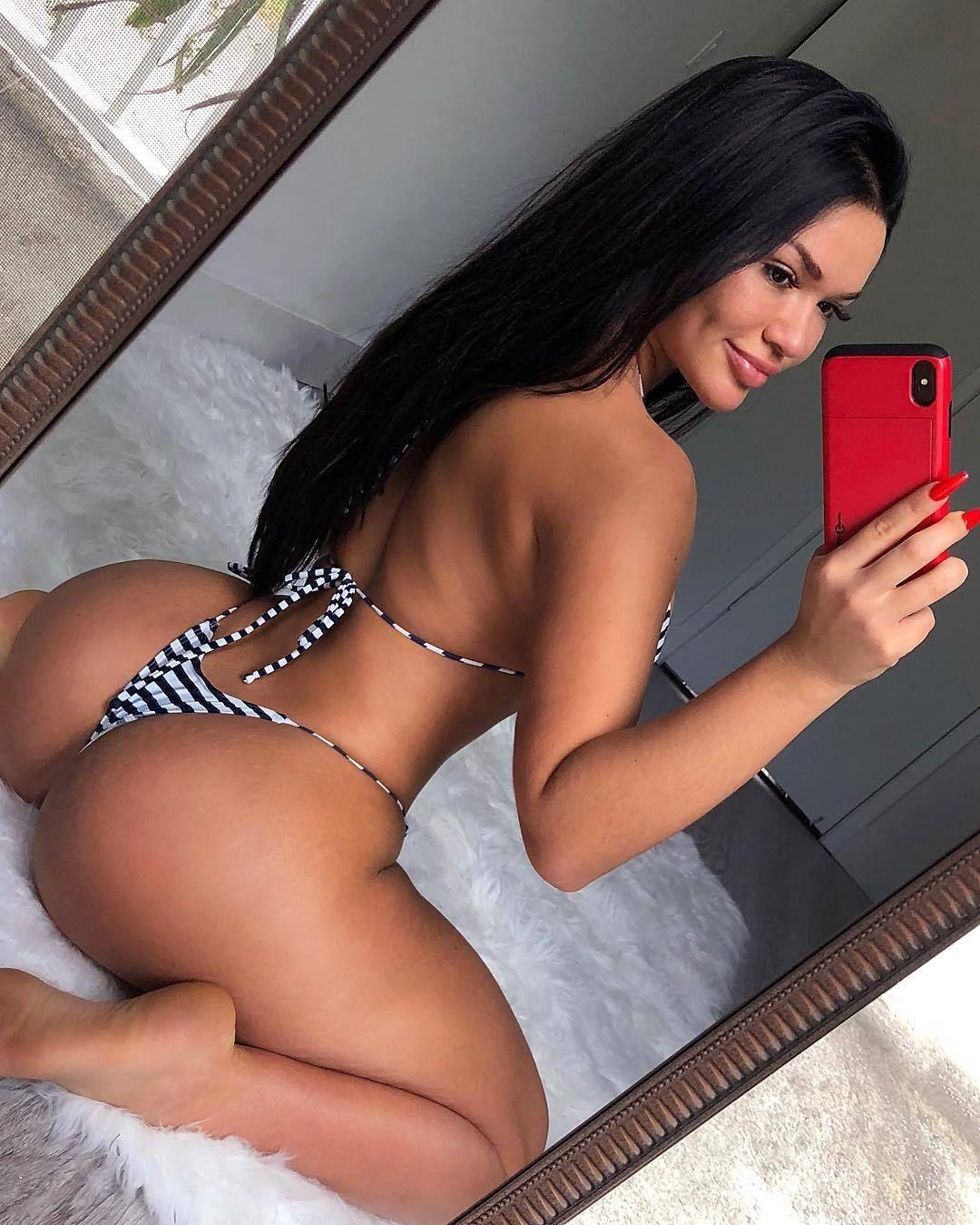 Is a cute Genesis Mia Lopez nude photos 2019