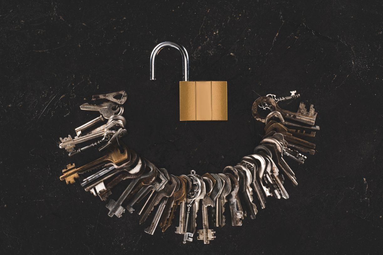 Depositphotos_176136752_l2015 24 hour locksmith, Lost
