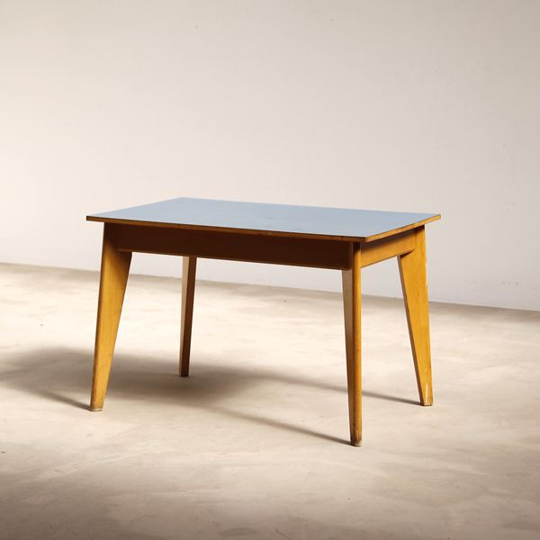 Decorative 1950s Dining Or Kitchen Table With Formica Table Top Prouve Style Shaped Table Legs Playful Structure That Would Adapt In A Modern Environment Tafel