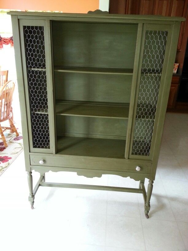 Annie Sloan Olive Chalk Paint With Clear And Dark Wax