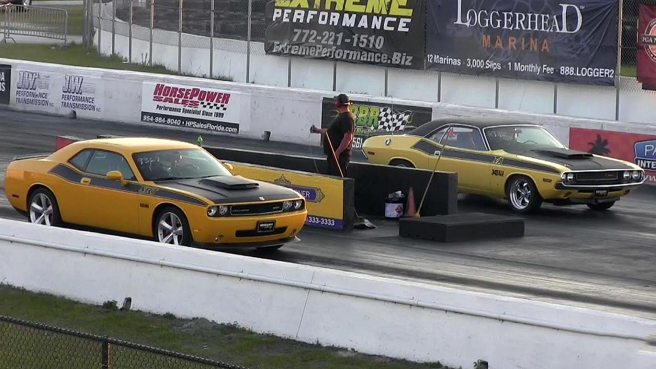 Modern Dodge Challenger SRT8 vs Classic 340 Six Pack T/A Challenger ...