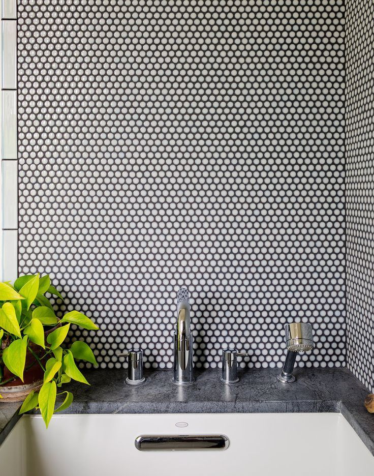30 Penny Tile Designs That Look Like A Million Bucks Penny Round Tiles Penny Tile Penny Tile Backsplash