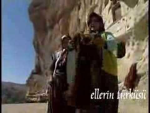 Ellerin Türküsü - Taşkale Halıları 1 - Turkish spindle at :41 and 3:05.