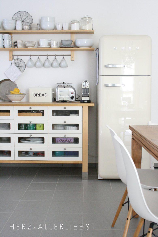 Good IKEA Varde Drawers And Smeg Fridge In Kitchen