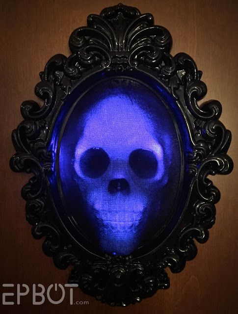 ce15d475a780 EPBOT  Halloween Quick Craft  Spooky Glowing Skull Frame ...