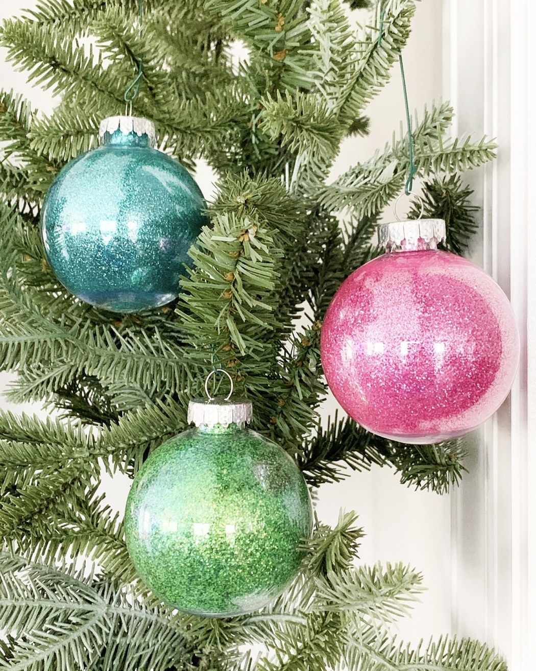 Easy Glitter Ornaments Best Glue to Use (With images