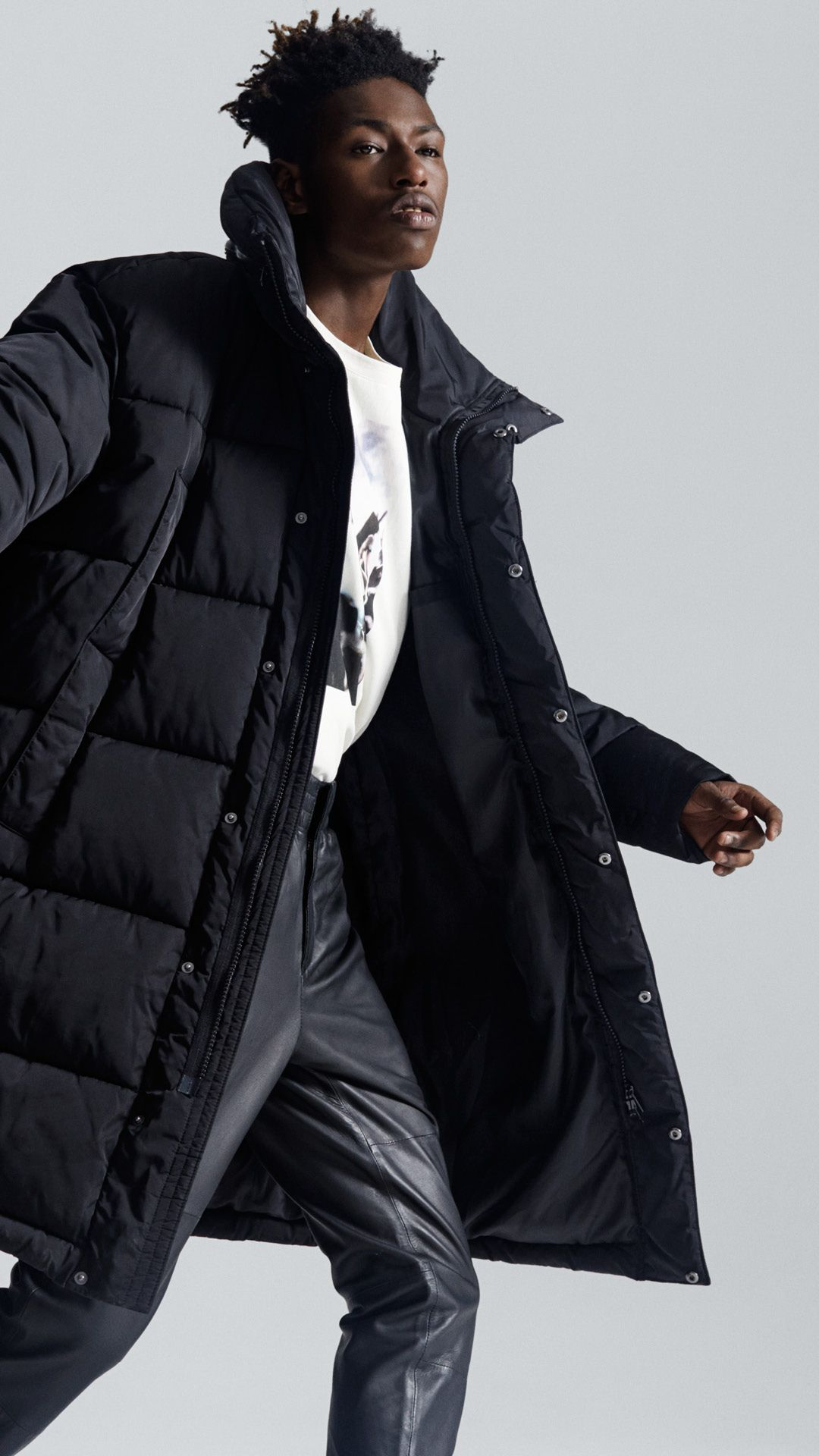 Menswear Gets A Renewal With Oversized Puffer Jackets And Slick Streetwear Styles H M Oversized Puffer Jacket Puffer Jacket Outfit Puffer Jacket Outfit Men [ 1920 x 1080 Pixel ]