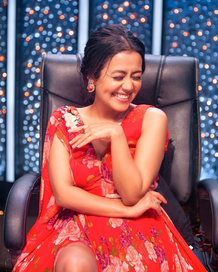 "Neha Kakkar on Instagram ""Tu Kalla Hi Sohna Nai Zyada Na"