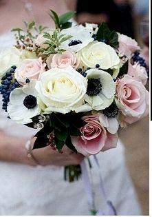 Anemony Bukiety Slubne Szukaj W Google Pink Roses Wedding Blush Wedding Flowers Flower Bouquet Wedding