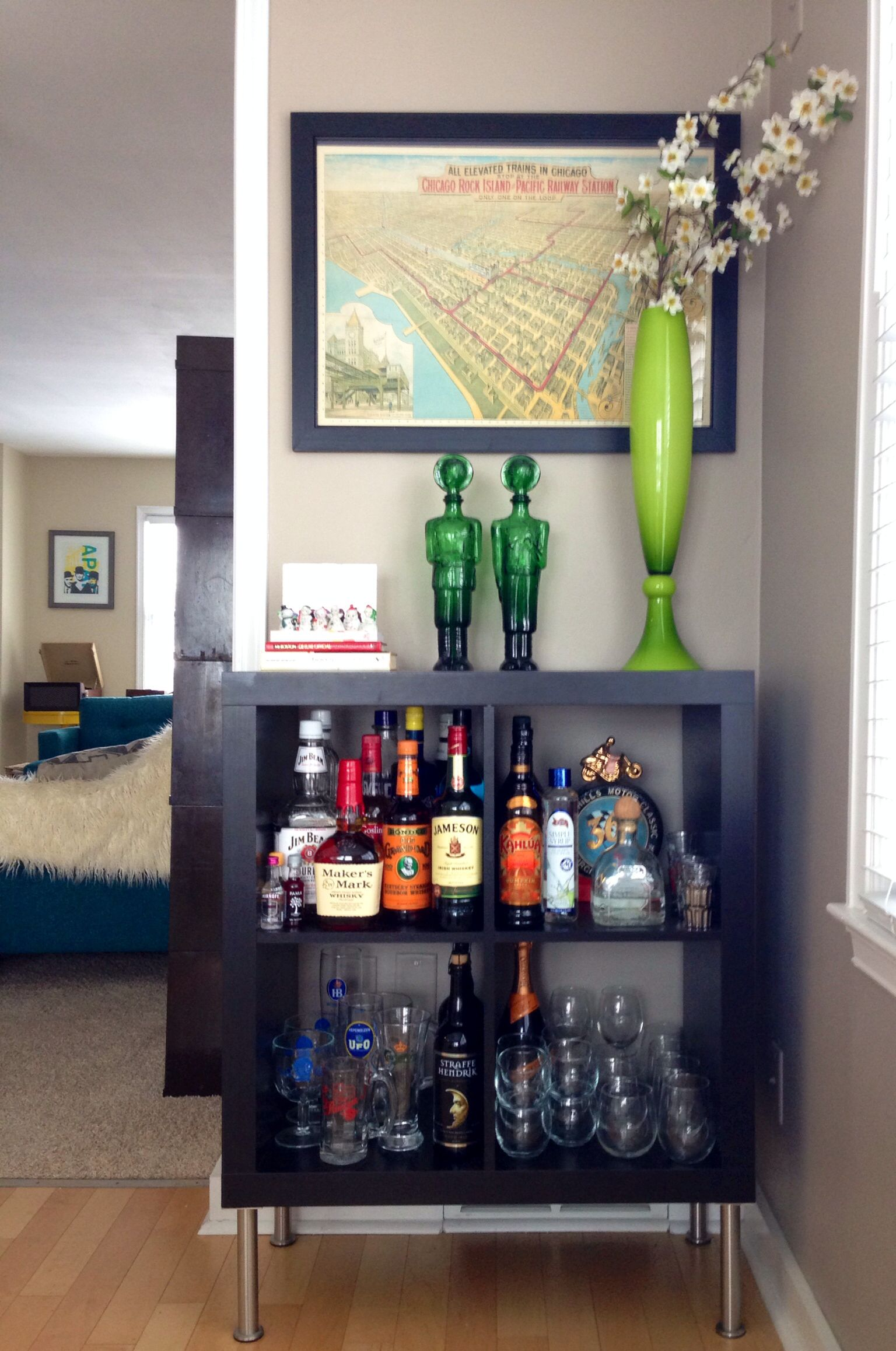 ikea expedit turned bar organize decorate pinterest ikea expedit bar and bar carts. Black Bedroom Furniture Sets. Home Design Ideas