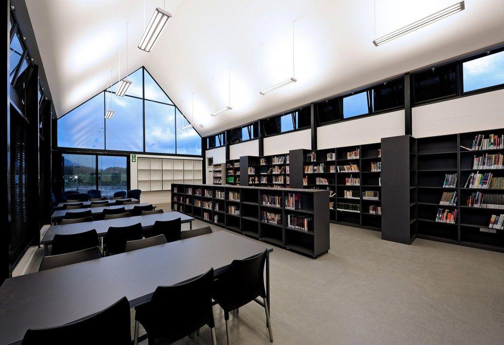 gallery of the international school of hout bay luis mira