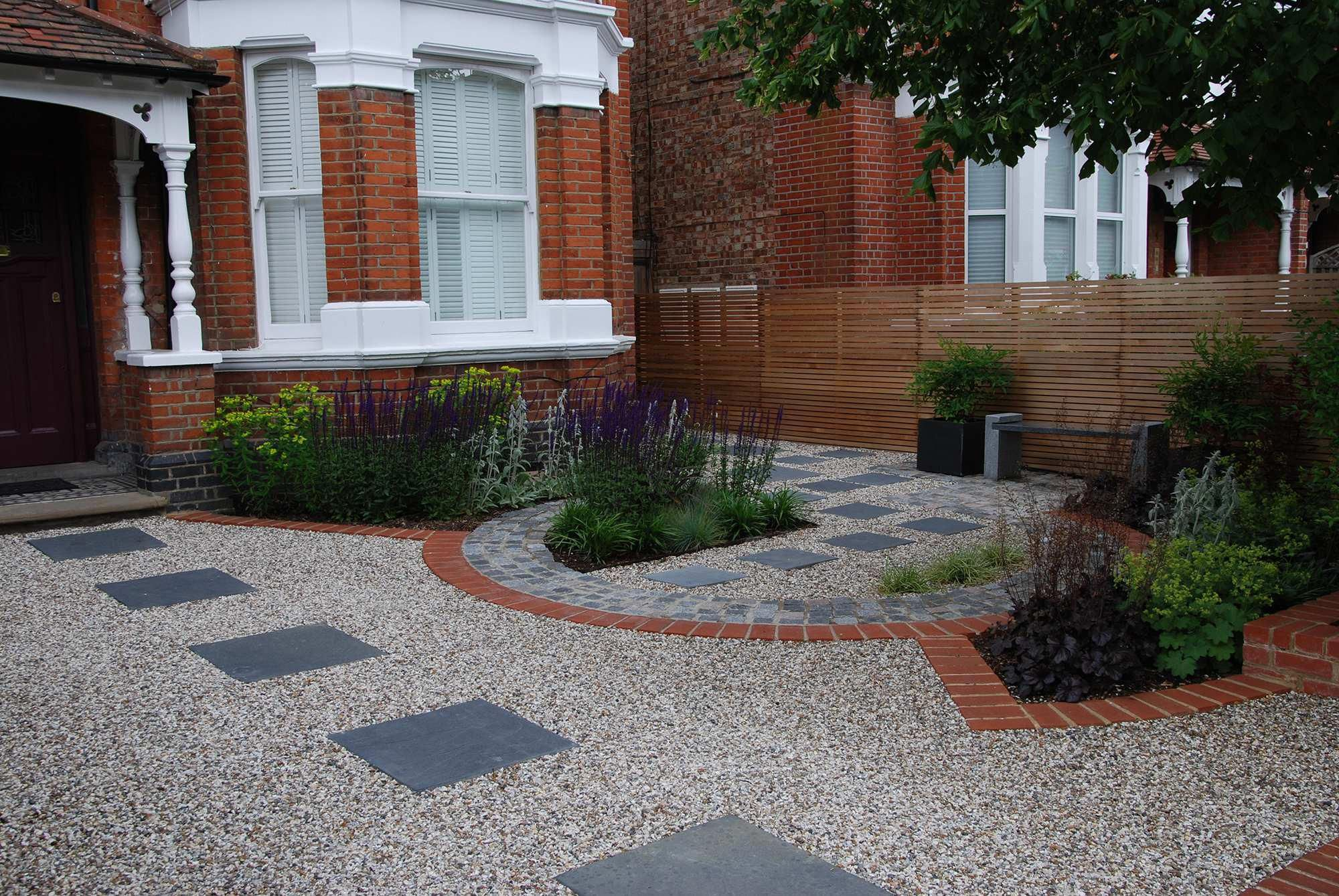 Cheap Landscaping Ideas For Large Backyards Front Garden Design Small Front Gardens Front Garden Ideas Driveway