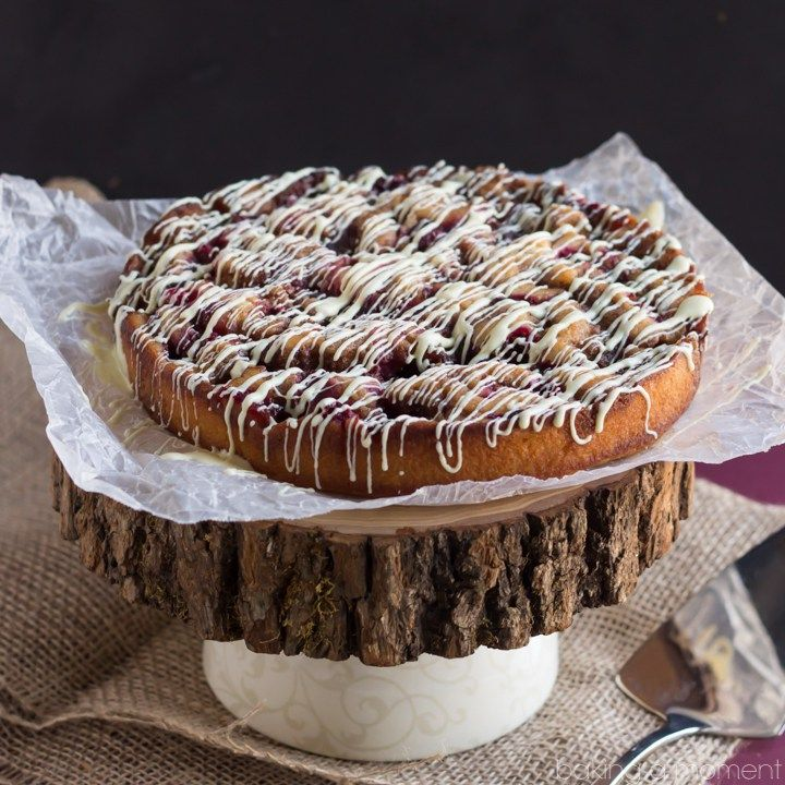 Cranberry Cinnamon Roll Cake, and #InTheAldiKitchen