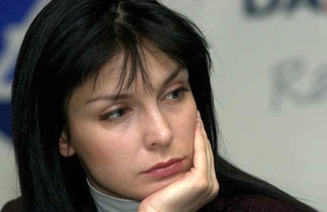 www.ВИП.БГ - Жени Калканджиева остана без важен орган след