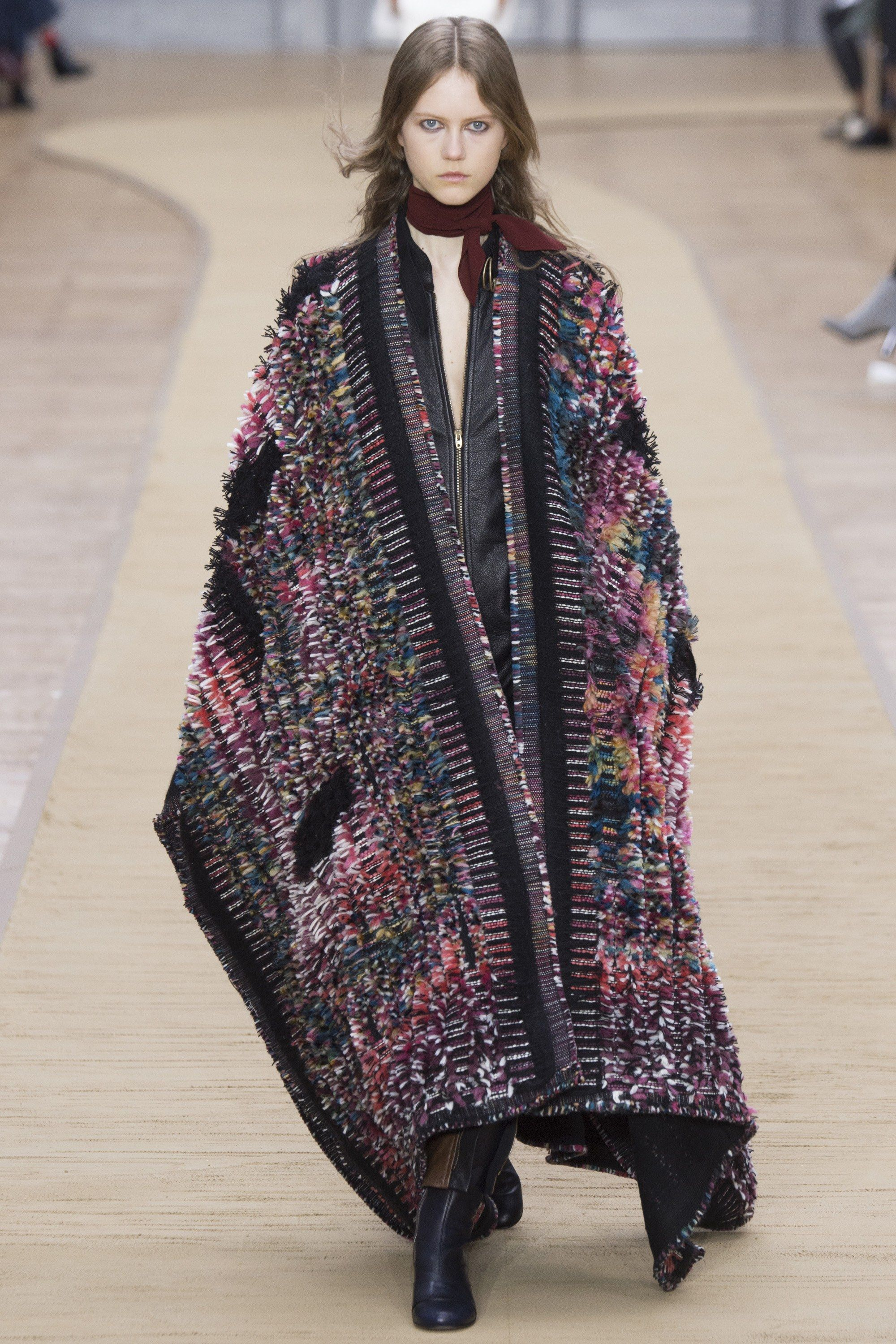 Chloé Fall 2016 Ready-to-Wear Fashion Show - Julie Hoomans ---I WANT TO WEAR THIS EVERY DAY