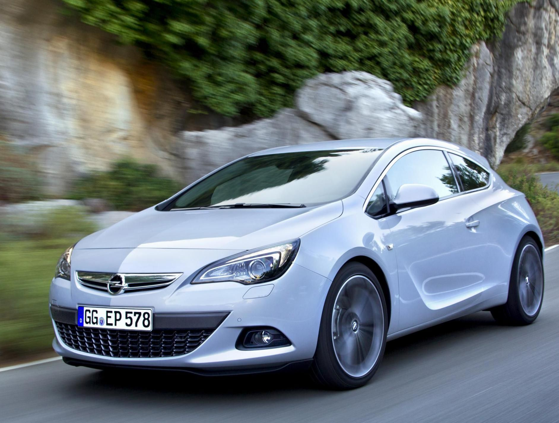 Opel Astra J Gtc Photos And Specs Photo Astra J Gtc Opel Specification And 24 Perfect Photos Of Opel Astra J Gtc Opel Volkswagen Car Model