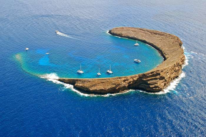 Molokini Crater alone is a reason why you should visit Hawaii in the winter. It offers a diving and ... - Thinkstock